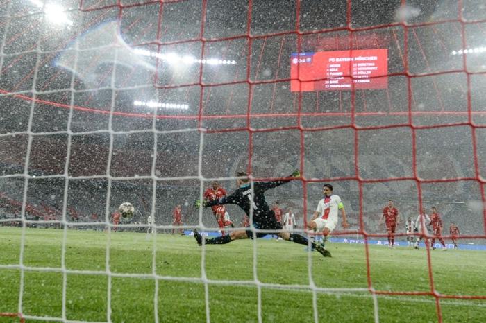 Mbappe lập cú đúp, PSG hạ gục Bayern ngay tại sào huyệt Allianz - Ảnh 4.