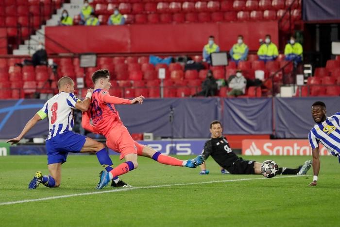 Chelsea nhấn chìm Porto ngay trên sân khách - Ảnh 5.