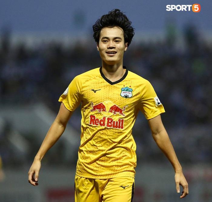 Văn Toàn dẫn đầu danh sách vua phá lưới nội khi lập siêu phẩm vào lưới Đà Nẵng FC - Ảnh 1.