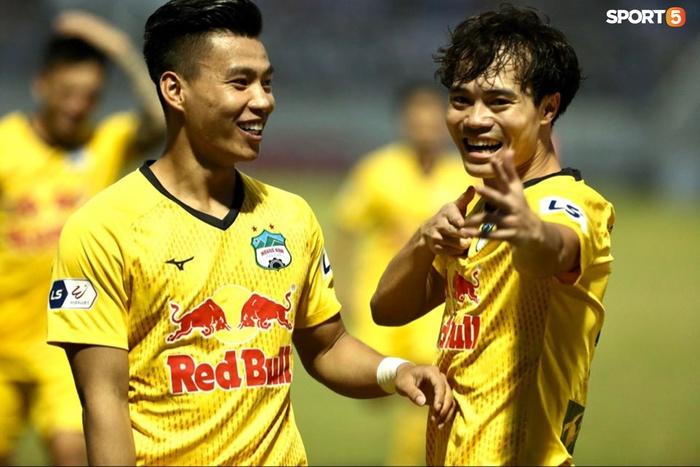 Văn Toàn dẫn đầu danh sách vua phá lưới nội khi lập siêu phẩm vào lưới Đà Nẵng FC - Ảnh 3.