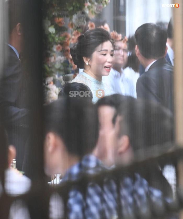 Lễ ăn hỏi Xuân Trường - Nhuệ Giang: Cô dâu chú rể lộ diện, trai tài gái sắc xứng đôi - Ảnh 5.