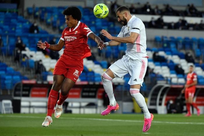 Hút chết trên sân nhà, Real Madrid bỏ lỡ cơ hội đánh chiếm ngôi đầu bảng - Ảnh 1.
