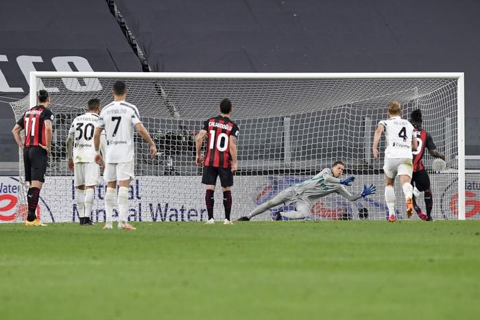 Ronaldo im lặng, Juventus thua tan nát trước AC Milan - Ảnh 6.