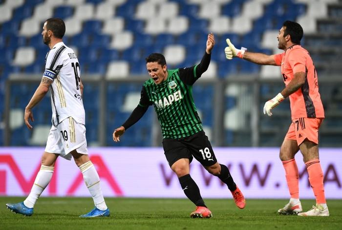 Ronaldo nổ súng, Juventus chật vật đua top 4 - Ảnh 7.