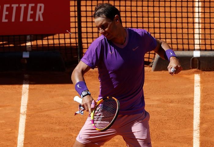 Djokovic hủy diệt đối thủ, Nadal thoát thua ngoạn mục ở vòng 3 Rome Masters - Ảnh 12.