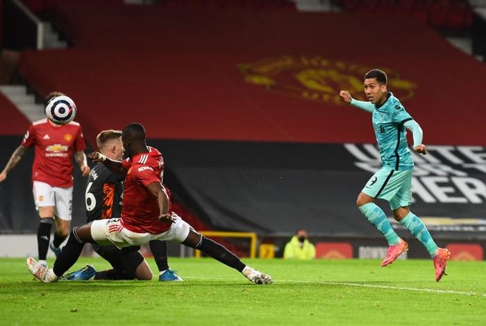 Thảm họa phòng ngự khiến MU thua tan nát trước Liverpool - Ảnh 6.