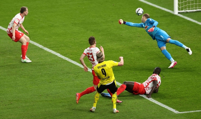 Sancho và Haaland rực sáng đưa Dortmund vô địch Cúp Quốc gia Đức - Ảnh 4.