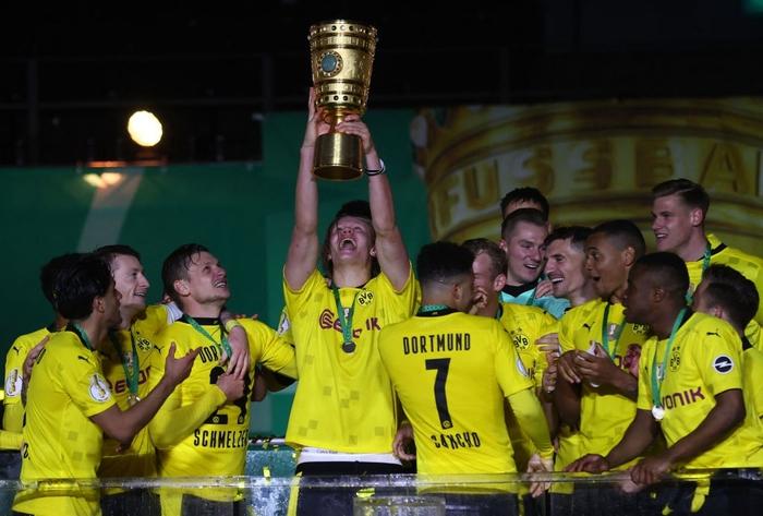 Sancho và Haaland rực sáng đưa Dortmund vô địch Cúp Quốc gia Đức - Ảnh 8.