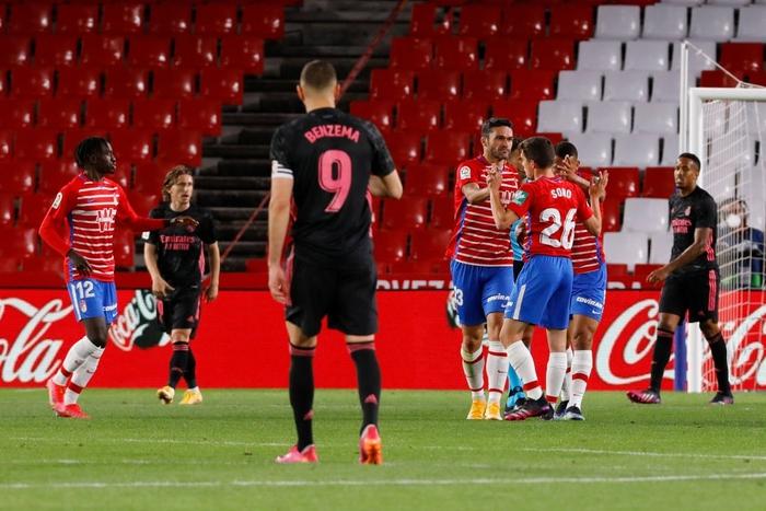 Đè bẹp Granada, Real Madrid tiếp tục tăng độ kịch tính cho cuộc đua vô địch La Liga - ảnh 5