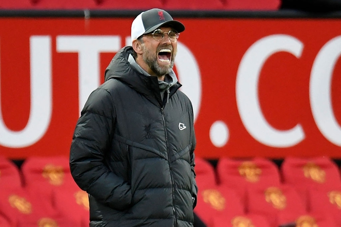 Sao Liverpool giận dỗi, từ chối bắt tay thầy Klopp sau chiến thắng trước MU - Ảnh 5.