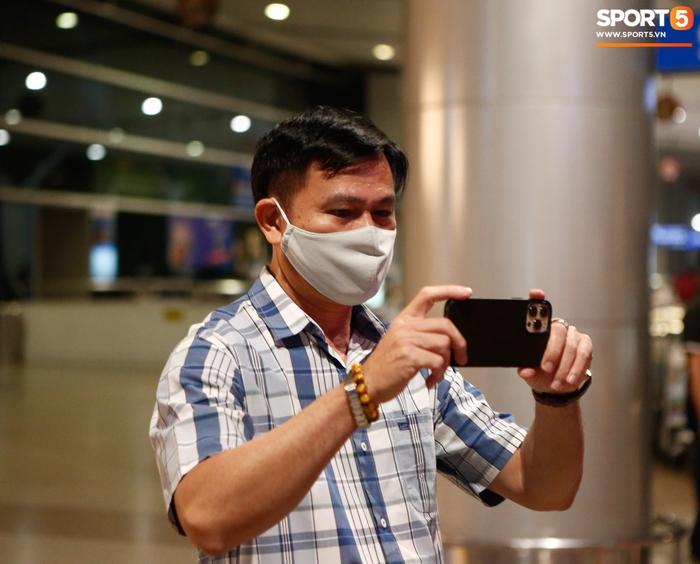 ĐT Việt Nam lên đường lúc nửa đêm, sẵn sàng tranh vé dự Futsal World Cup - Ảnh 15.