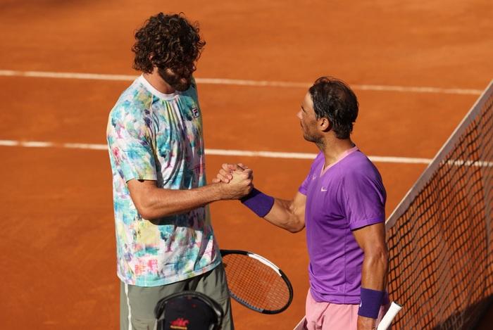 Djokovic thắng liên tiếp hai trận trong ít giờ để đấu Nadal tại chung kết Rome Masters - Ảnh 9.
