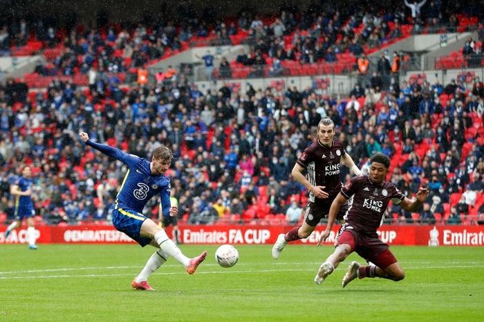 Leicester vô địch FA Cup nhờ cú nã đại bác cháy lưới Chelsea và drama hút chết phút 90 - Ảnh 2.