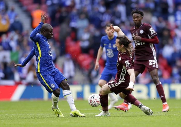 Leicester vô địch FA Cup nhờ cú nã đại bác cháy lưới Chelsea và drama hút chết phút 90 - Ảnh 1.