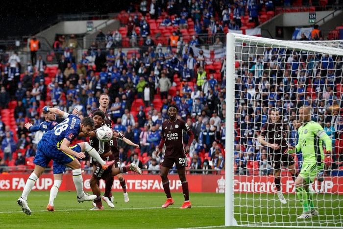 Leicester vô địch FA Cup nhờ cú nã đại bác cháy lưới Chelsea và drama hút chết phút 90 - Ảnh 3.