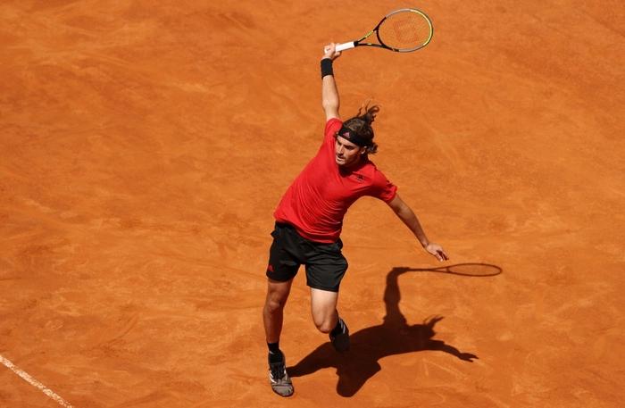 Djokovic thắng liên tiếp hai trận trong ít giờ để đấu Nadal tại chung kết Rome Masters - Ảnh 7.