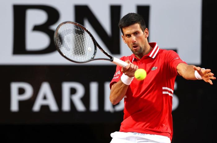 Djokovic thắng liên tiếp hai trận trong ít giờ để đấu Nadal tại chung kết Rome Masters - Ảnh 11.