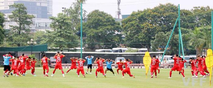 Cánh chim lạ Hai Long quyết tạo kỳ tích cùng U22 Việt Nam ở SEA Games 31 - Ảnh 3.