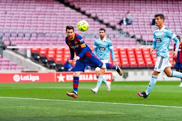 Trong ngày Messi và đồng đội gây thất vọng tràn trề, hội chị em lại giúp Barcelona liên tiếp gặt hái vinh quang - Ảnh 1.