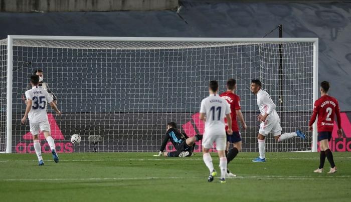Giành trọn 3 điểm trước Osasuna, Real Madrid vẫn nuôi hi vọng bảo vệ ngôi vương - Ảnh 5.