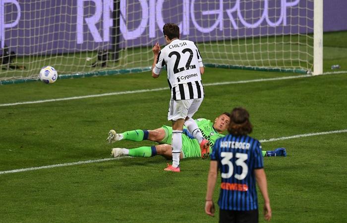 Juventus đăng quang Coppa Italia trong ngày Ronaldo tịt ngòi - Ảnh 8.