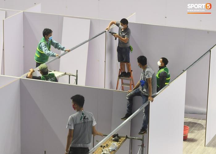 Chạy đua thời gian xây dựng bệnh viện dã chiến trong nhà thi đấu SEA Games của tỉnh Bắc Giang - Ảnh 5.