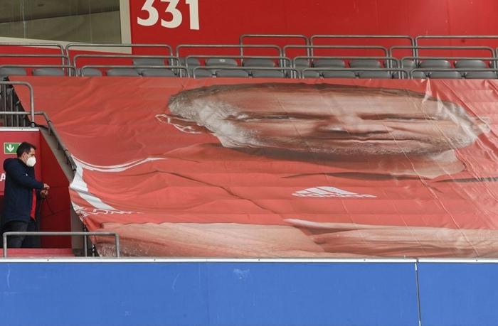 Bayern tri ân thuyền trưởng và 3 công thần trong ngày cuối cùng của mùa giải - Ảnh 1.