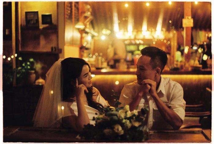 Ngất ngây trước bộ ảnh cưới chụp bằng máy film của tiền vệ Võ Huy Toàn: Bàn thắng ý nghĩa cuộc đời - Ảnh 7.