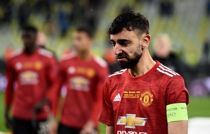 Bruno Fernandes bật khóc khi MU thua loạt luân lưu nghẹt thở ở chung kết Europa League - Ảnh 8.