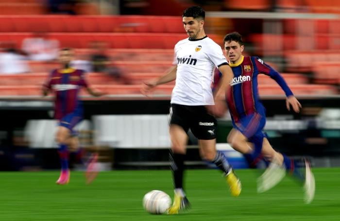 Barcelona thắng ngược kính tính trước Valencia để trở lại đường đua vô địch La Liga - ảnh 11