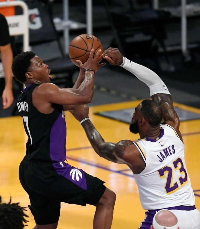 Đầy đủ binh hùng tướng mạnh, LeBron James vẫn không thể giúp Los Angeles Lakers thoát chuỗi thua - Ảnh 1.