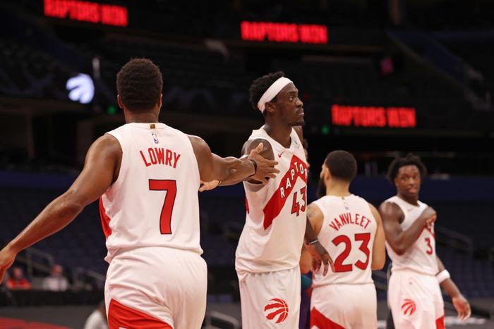Đầy đủ binh hùng tướng mạnh, LeBron James vẫn không thể giúp Los Angeles Lakers thoát chuỗi thua - Ảnh 3.