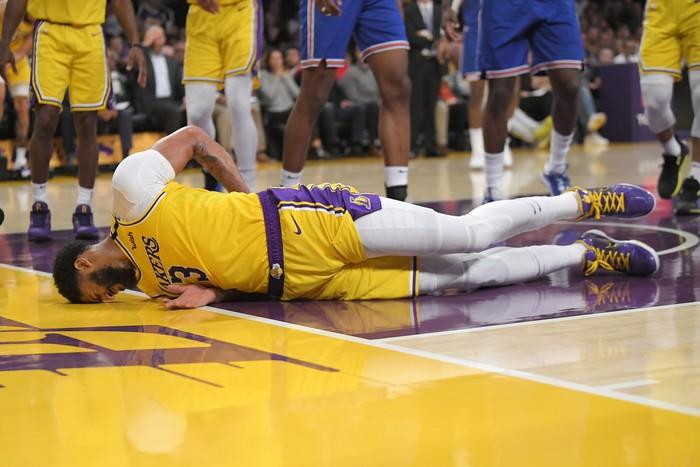 NBA Play-in 2021: LeBron James dẫn đầu làn sóng phản đối - Ảnh 3.