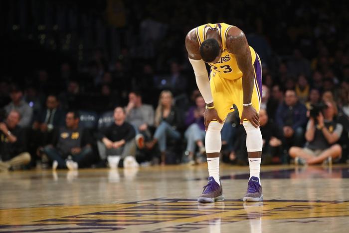 NBA Play-in 2021: LeBron James dẫn đầu làn sóng phản đối - Ảnh 5.
