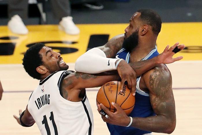 """Los Angeles Lakers và Brooklyn Nets, ai mới là đội bóng """"đáng ghét"""" nhất NBA? - Ảnh 5."""