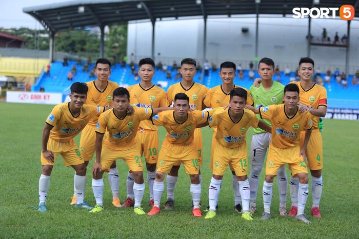 Hòa Bình FC chia điểm với Hải Nam Vĩnh Yên Vĩnh Phúc trong ngày khai mạc giải hạng Nhì 2021 - Ảnh 1.