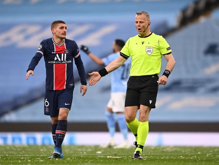 Manchester City vượt qua PSG để tiến vào chung kết bằng cú đúp của Mahrez - Ảnh 1.