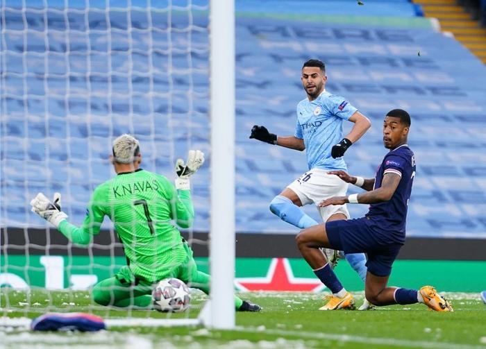 Manchester City vượt qua PSG để tiến vào chung kết bằng cú đúp của Mahrez - Ảnh 2.