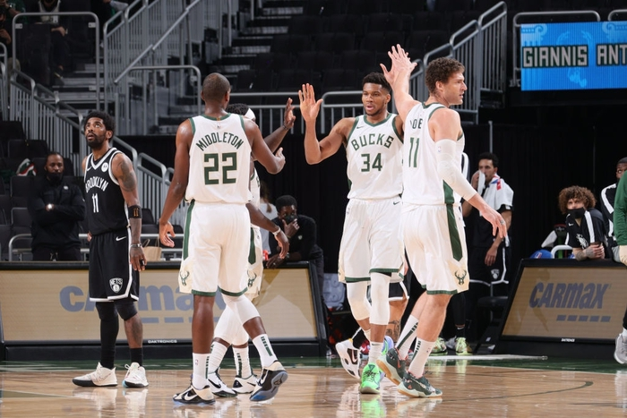 Ném đến 20 quả 3 điểm, Brooklyn Nets vẫn nhận thất bại thứ 2 liên tiếp trước Milwaukee Bucks - Ảnh 2.