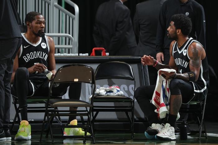 Ném đến 20 quả 3 điểm, Brooklyn Nets vẫn nhận thất bại thứ 2 liên tiếp trước Milwaukee Bucks - Ảnh 1.