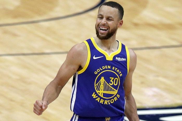 """Stephen Curry lên """"top danh vọng"""", tiệm cận Kobe Bryant và Michael Jordan - Ảnh 2."""