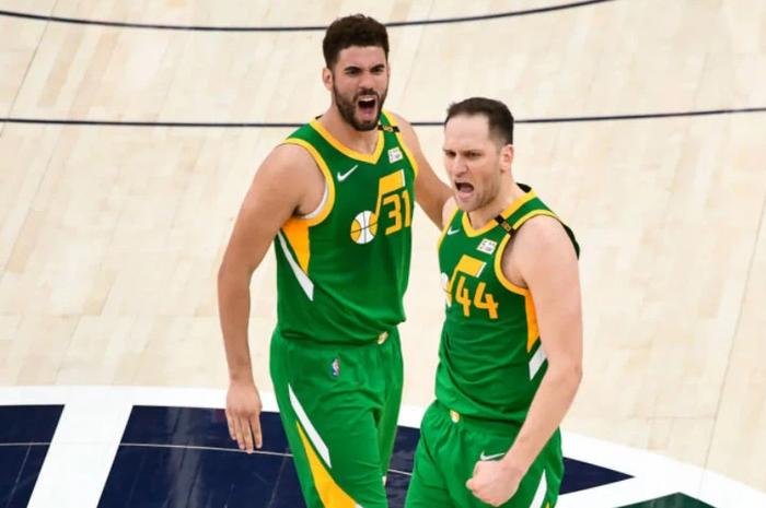 Bojan Bogdanovic bùng nổ với 48 điểm giúp Utah Jazz giữ vững ngôi đầu tại NBA - Ảnh 2.