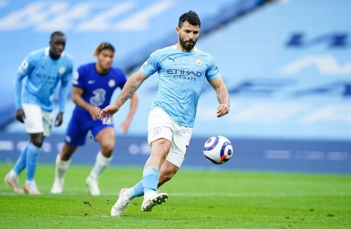 Aguero đá hỏng phạt đền, Man City thua ngược Chelsea - Ảnh 4.
