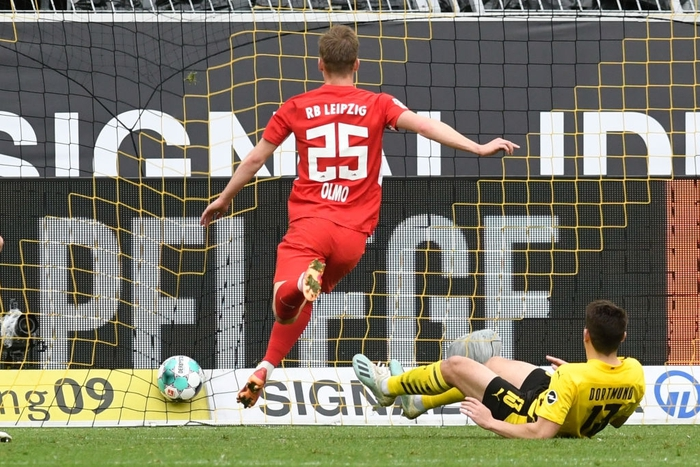 """Đánh bại Leipzig 3-2, Borussia Dortmund giúp Bayern Munich """"đóng hòm"""" Bundesliga - Ảnh 6."""