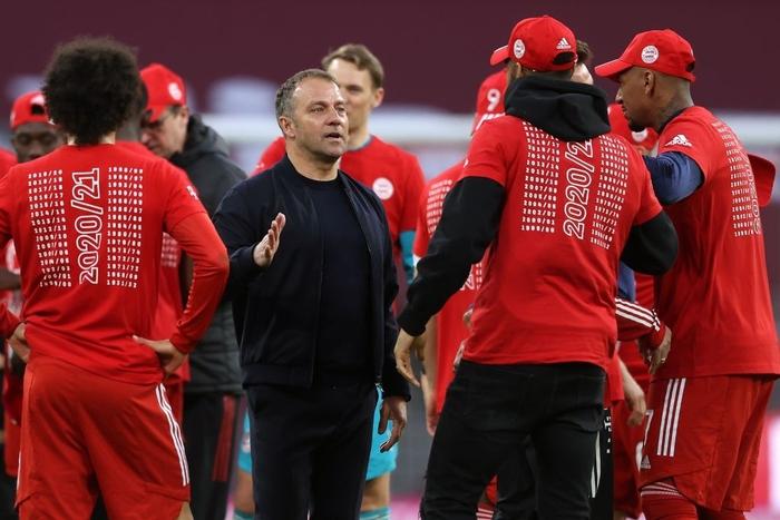 """Bayern """"hủy diệt"""" đối thủ khó chơi 6-0 mừng chức vô địch Bundesliga - Ảnh 7."""
