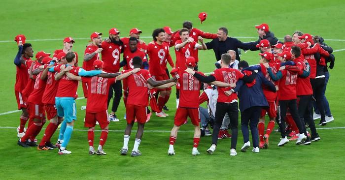 """Bayern """"hủy diệt"""" đối thủ khó chơi 6-0 mừng chức vô địch Bundesliga - Ảnh 6."""