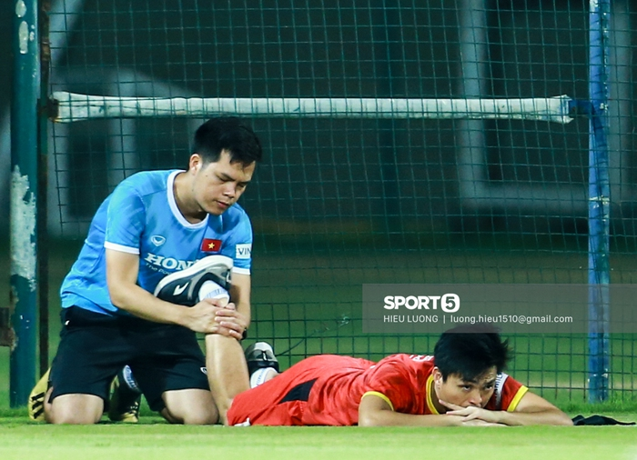Danh sách 23 cầu thủ đội tuyển Việt Nam đối đầu Malaysia ngày 11/6 - Ảnh 1.
