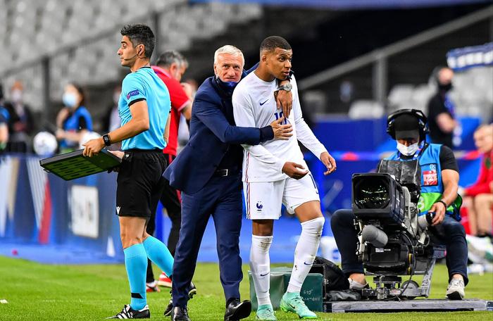 """Mbappe và Giroud """"bóng gió"""" chỉ trích nhau, nội bộ tuyển Pháp lục đục trước thềm Euro 2020 - Ảnh 3."""