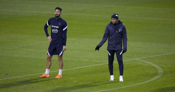 """Mbappe và Giroud """"bóng gió"""" chỉ trích nhau, nội bộ tuyển Pháp lục đục trước thềm Euro 2020 - Ảnh 2."""