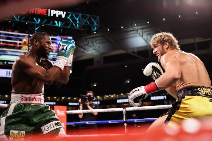 Trận Floyd Mayweather vs Logan Paul bán được ít nhất 1 triệu PPV, phá kỷ lục lượt đăng ký tại Showtime - Ảnh 1.